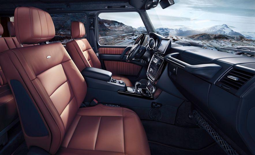 2016 Mercedes-Benz G500 - Slide 7