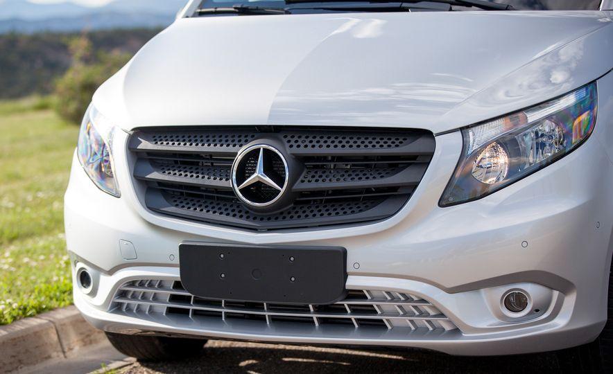 2016 Mercedes-Benz Metris van - Slide 21