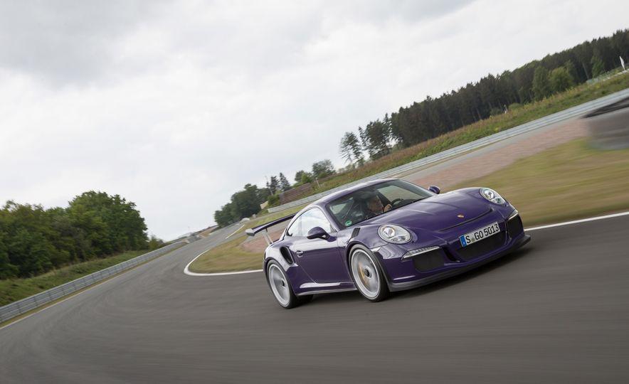 2016 Porsche 911 GT3 RS - Slide 4