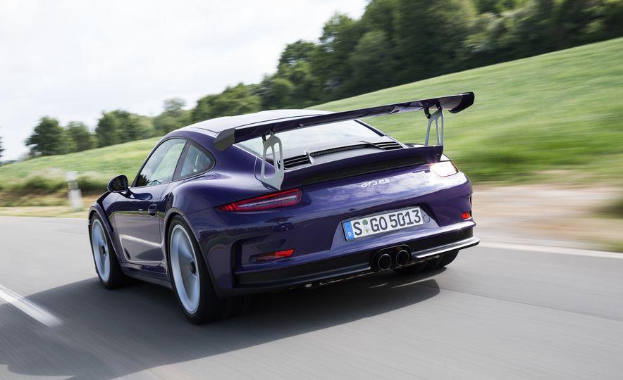 2016 Porsche 911 GT3 RS - Slide 8