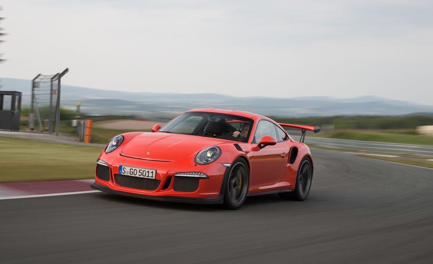2016 Porsche 911 GT3 RS - Slide 40