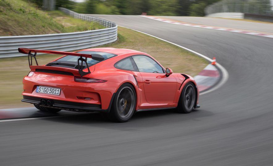 2016 Porsche Boxster Spyder - Slide 31