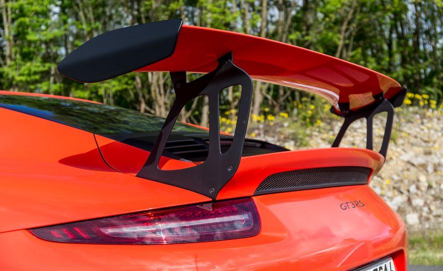 2016 Porsche 911 GT3 RS - Slide 50
