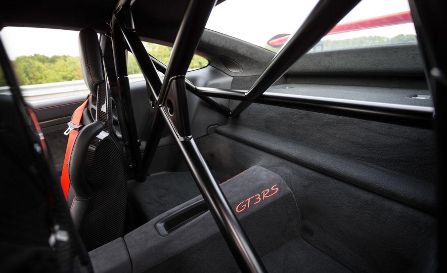 2016 Porsche 911 GT3 RS - Slide 54