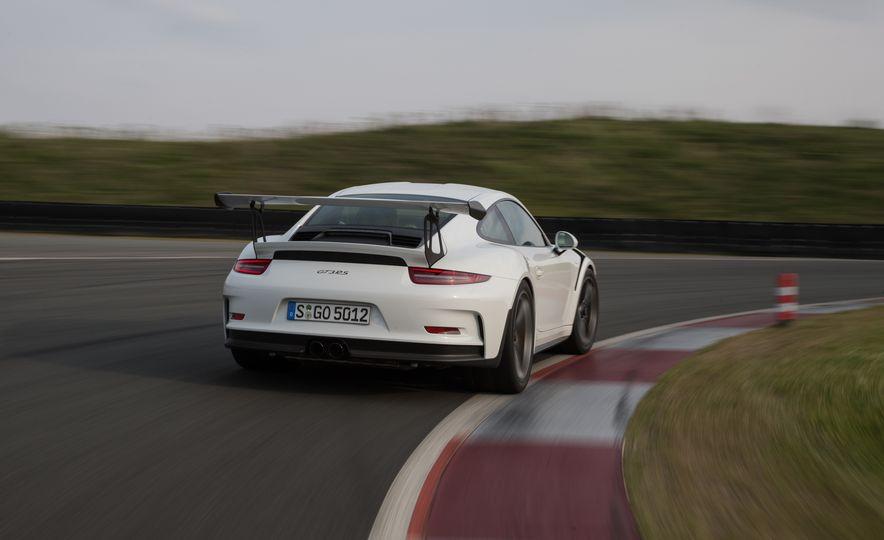 2016 Porsche 911 GT3 RS - Slide 63