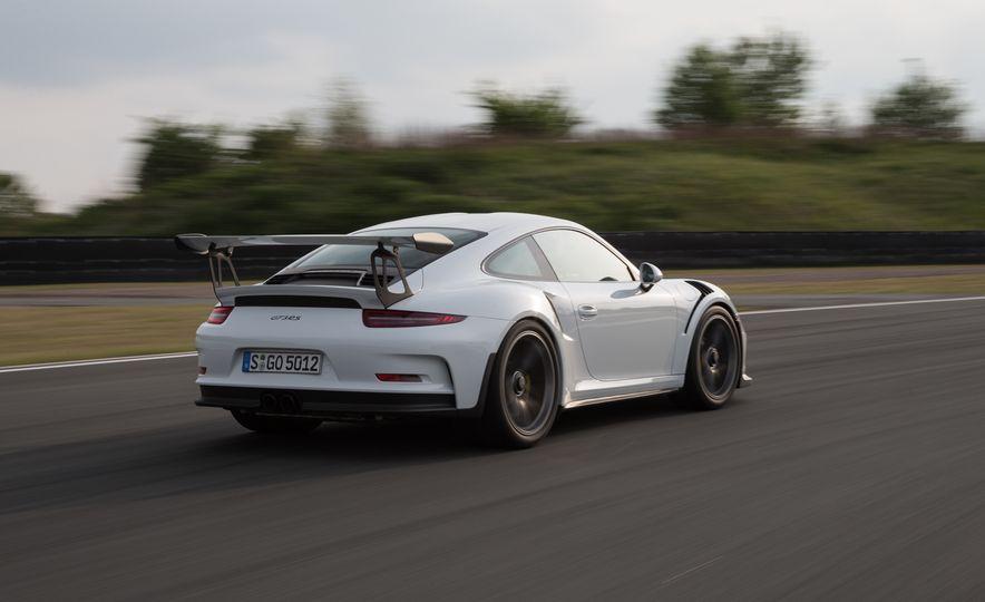 2016 Porsche 911 GT3 RS - Slide 64