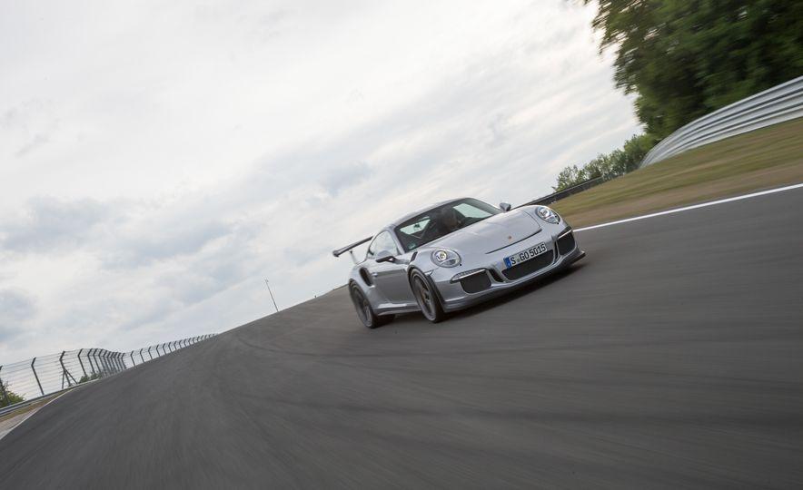 2016 Porsche 911 GT3 RS - Slide 66