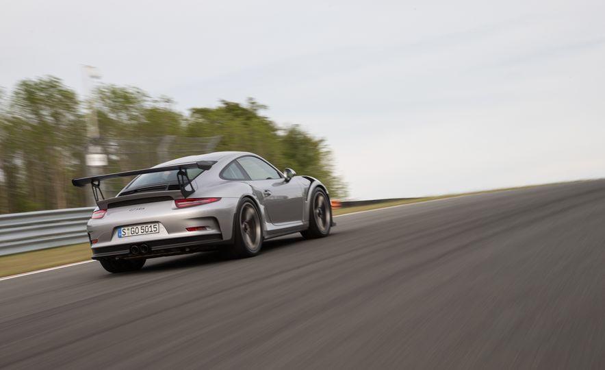2016 Porsche 911 GT3 RS - Slide 73