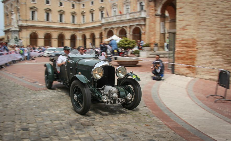 In the Middle of the Mille Miglia: We Run the World's Most Storied Road Rally - Slide 32