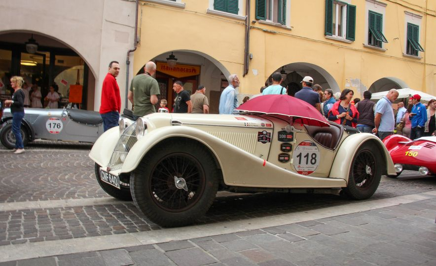 In the Middle of the Mille Miglia: We Run the World's Most Storied Road Rally - Slide 35