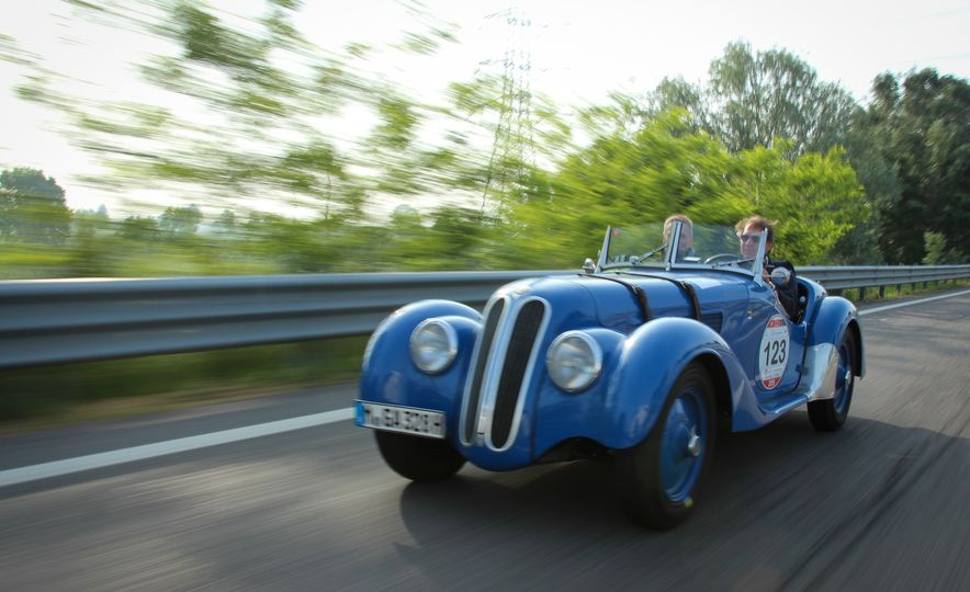 In the Middle of the Mille Miglia: We Run the World's Most Storied Road Rally - Slide 43