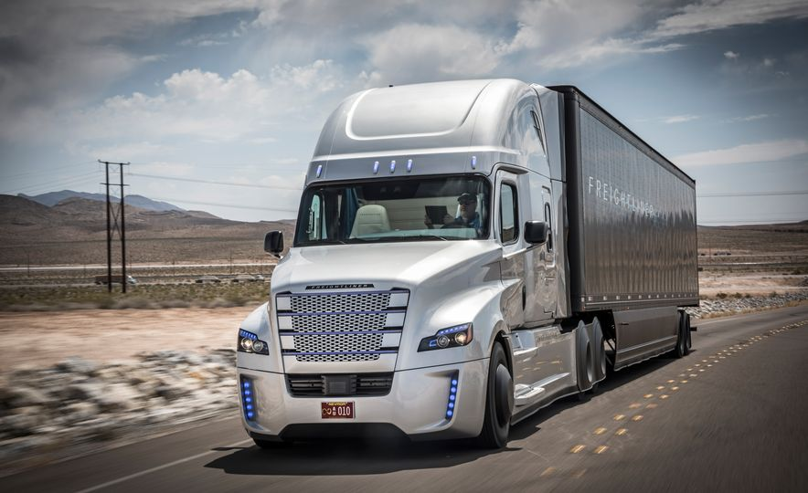 Freightliner Inspiration autonomous semi truck - Slide 7