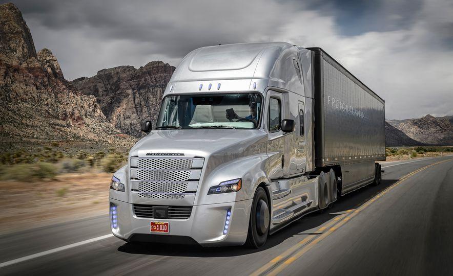 Freightliner Inspiration autonomous semi truck - Slide 8