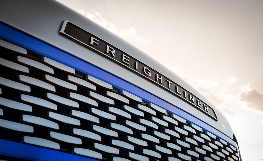 Freightliner Inspiration autonomous semi truck - Slide 20