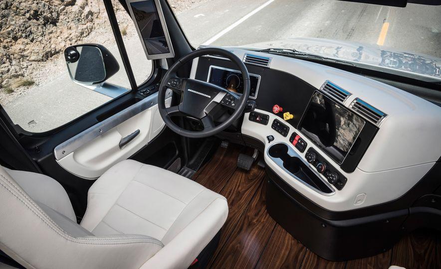 Freightliner Inspiration autonomous semi truck - Slide 25