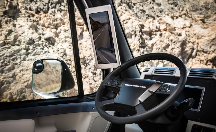 Freightliner Inspiration autonomous semi truck - Slide 26