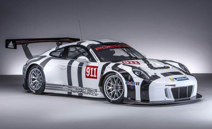 Porsche 911 GT3 R race car - Slide 5