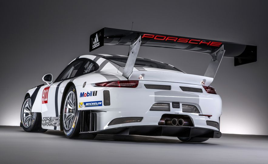 Porsche 911 GT3 R race car - Slide 6
