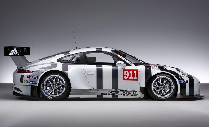 Porsche 911 GT3 R race car - Slide 7