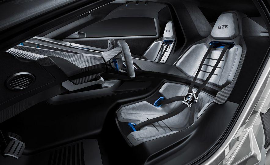 Volkswagen Golf GTE concept - Slide 14