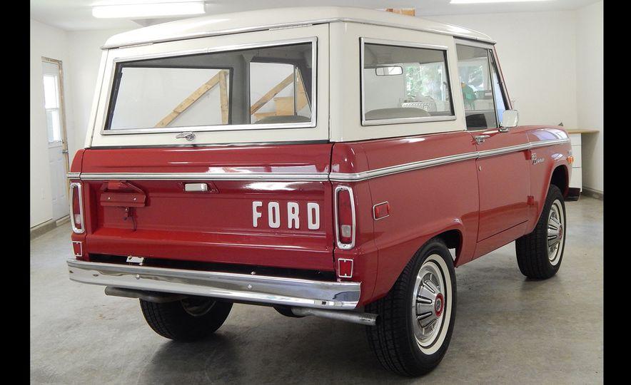 1970 Ford Bronco Sport - Slide 3