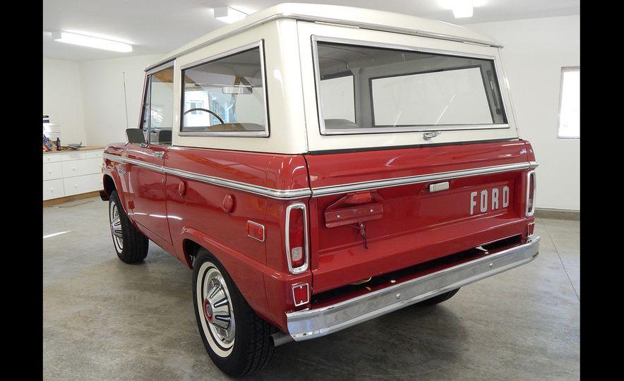 1970 Ford Bronco Sport - Slide 5