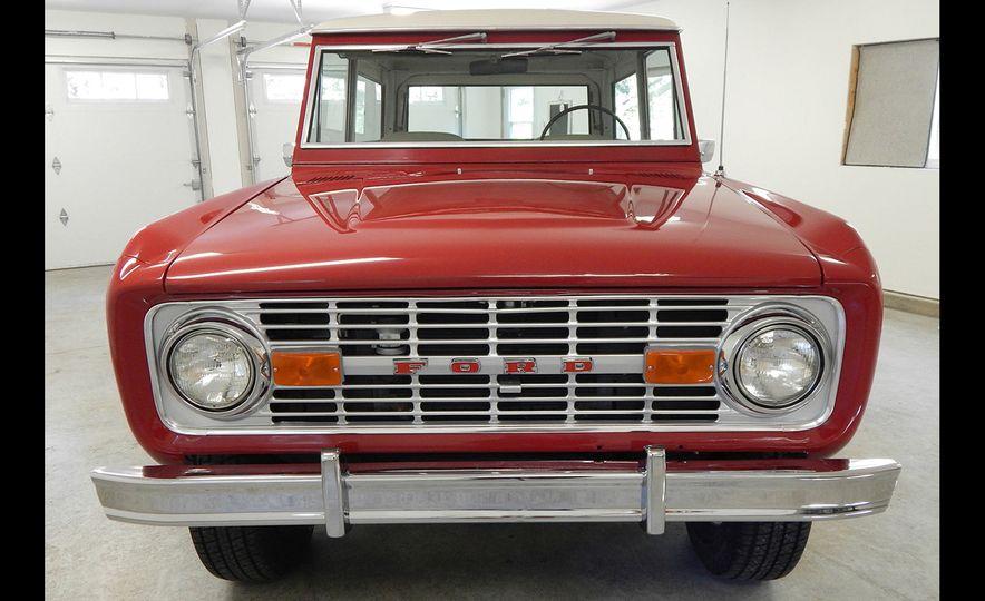 1970 Ford Bronco Sport - Slide 8