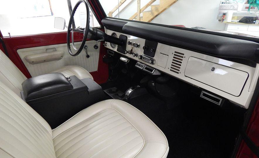 1970 Ford Bronco Sport - Slide 17