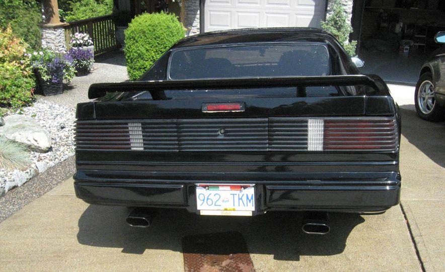"1987 Pontiac Firebird Trans Am GTA ""Italia"" - Slide 3"