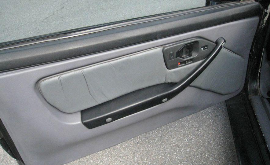 "1987 Pontiac Firebird Trans Am GTA ""Italia"" - Slide 10"