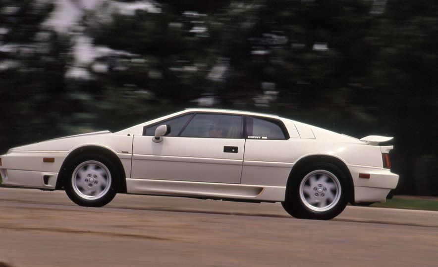 Car and Driver Tested: The 13 Quickest Cars of the 1980s - Slide 8