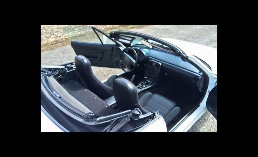 1990 Mazda MX-5 Miata - Slide 9