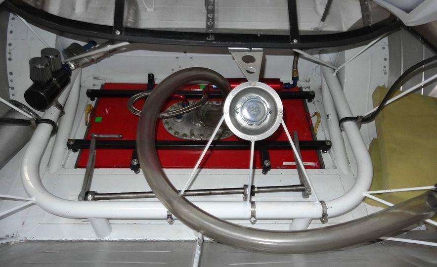 2005 Dodge Charger ARCA racecar - Slide 6