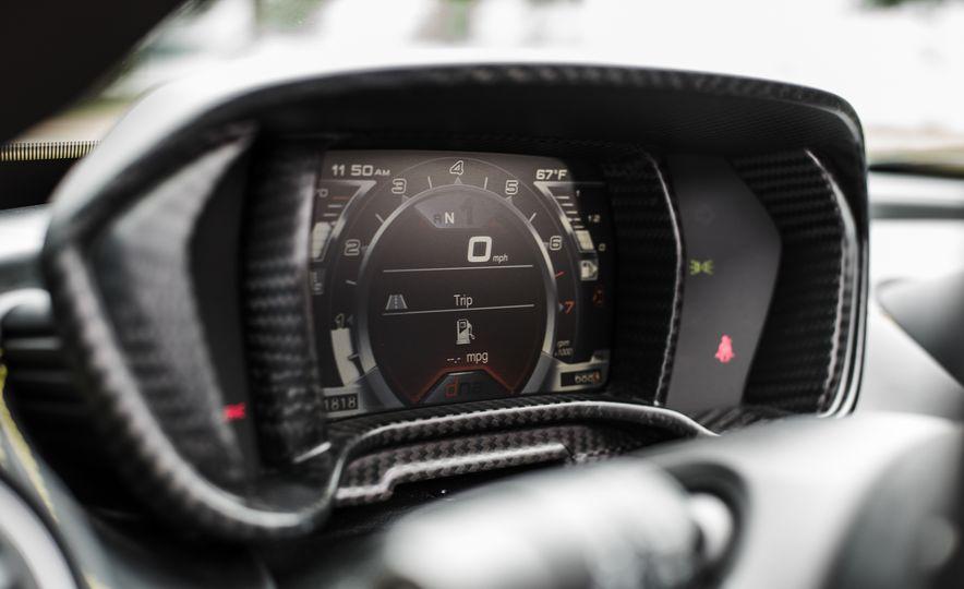 2015 Alfa Romeo 4C Spider - Slide 42