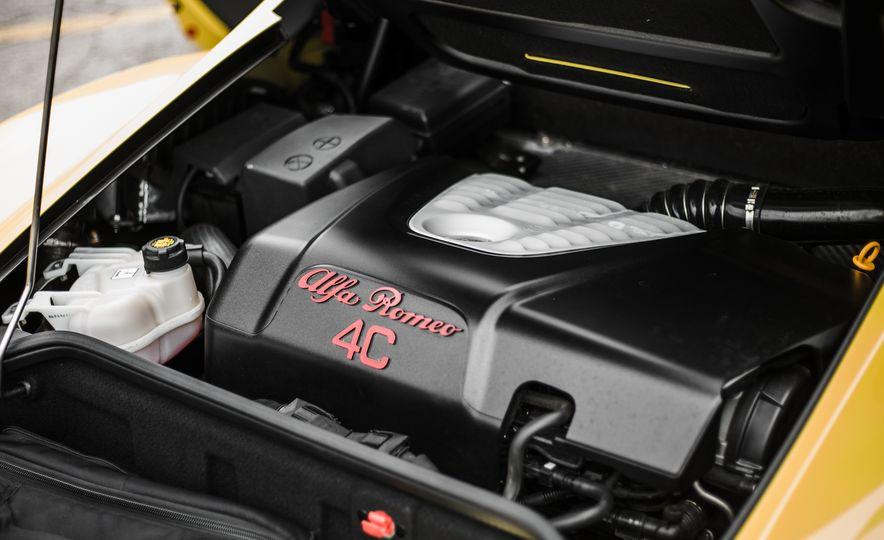 2015 Alfa Romeo 4C Spider - Slide 47