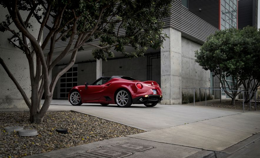 2015 Alfa Romeo 4C spiders - Slide 78