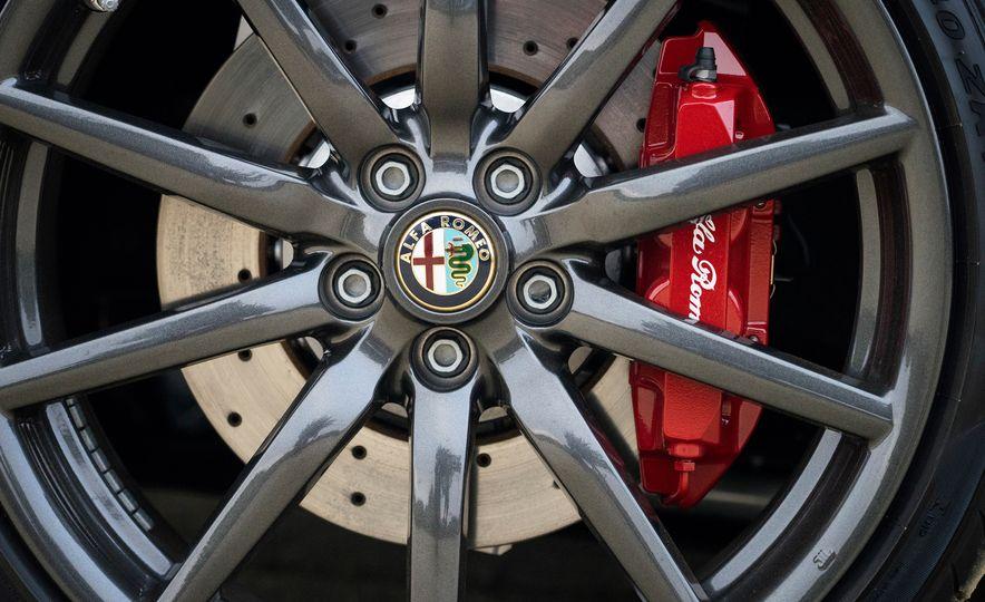 2015 Alfa Romeo 4C spiders - Slide 115