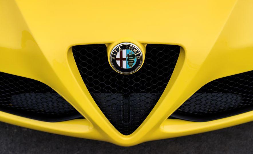 2015 Alfa Romeo 4C spiders - Slide 138