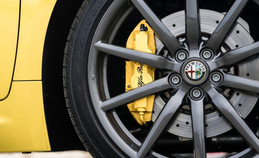 2015 Alfa Romeo 4C spiders - Slide 139