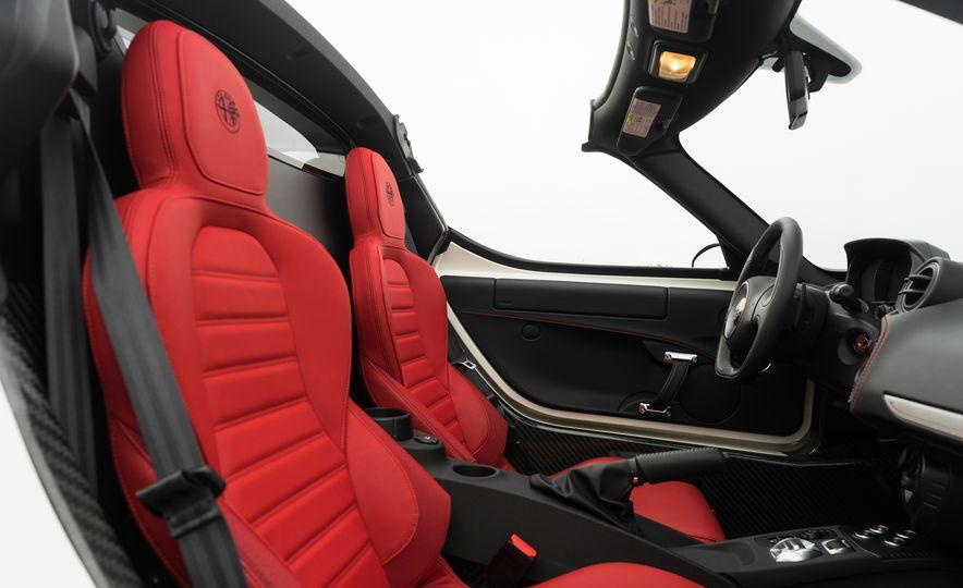 2015 Alfa Romeo 4C spiders - Slide 159