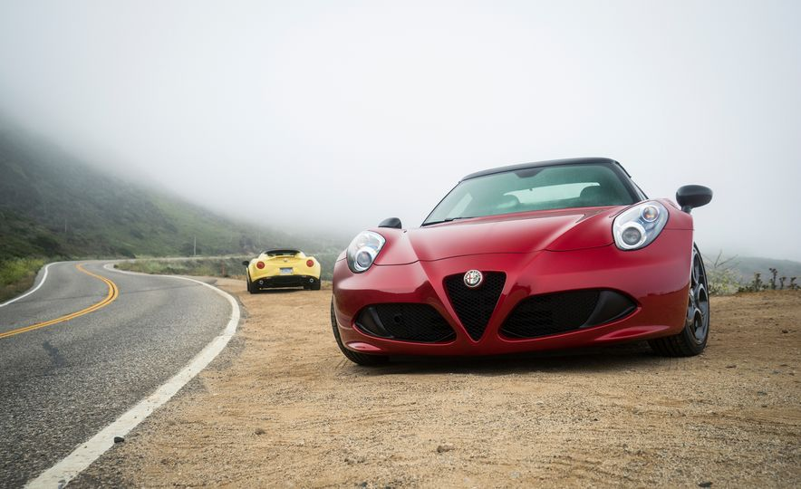 2015 Alfa Romeo 4C spiders - Slide 24
