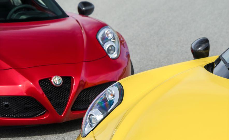 2015 Alfa Romeo 4C spiders - Slide 29