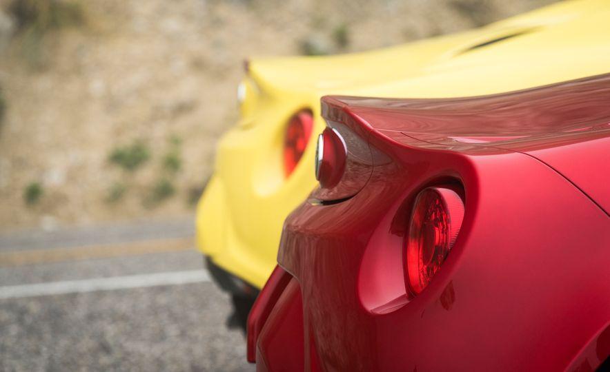 2015 Alfa Romeo 4C spiders - Slide 30