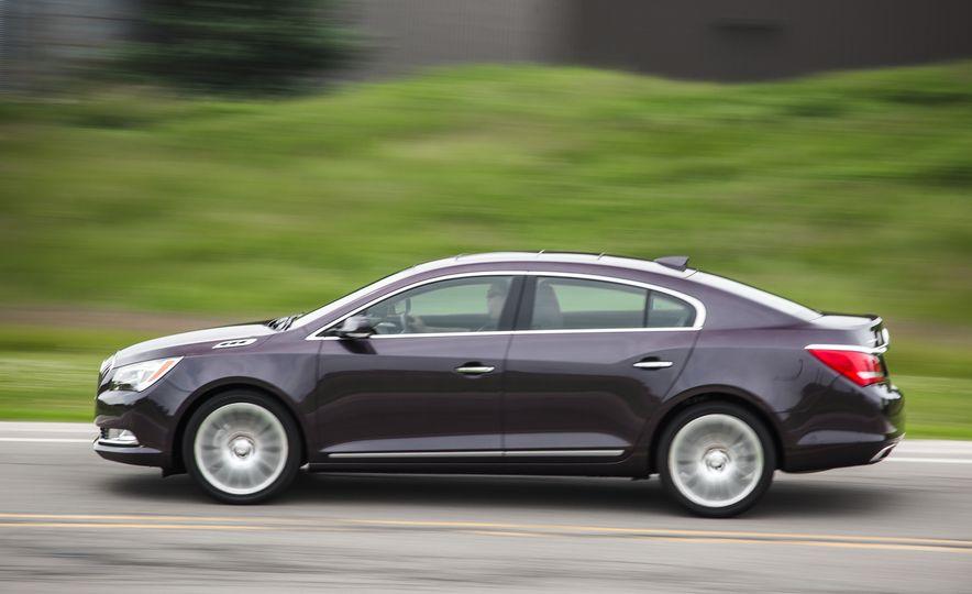 2015 Buick LaCrosse Premium 2 - Instrumented Test - Slide 3