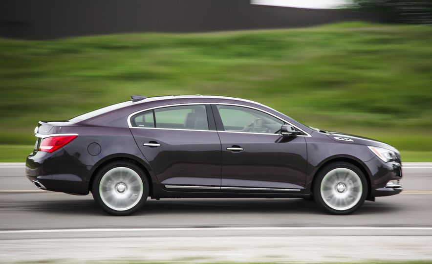 2015 Buick LaCrosse Premium 2 - Instrumented Test - Slide 7