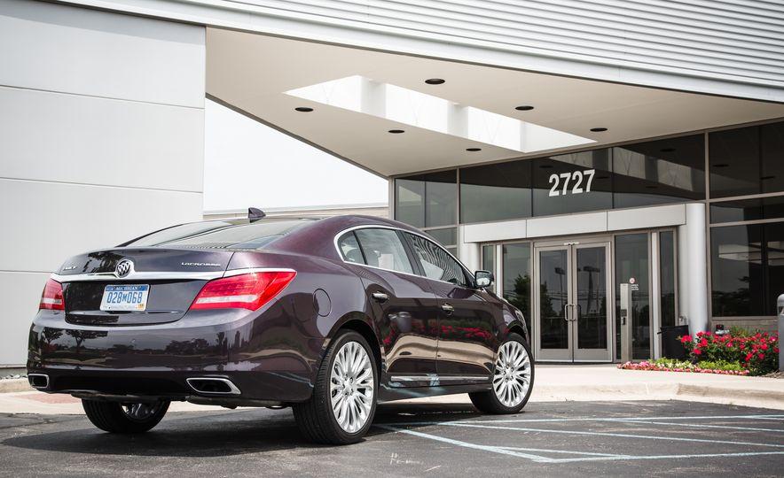 2015 Buick LaCrosse Premium 2 - Instrumented Test - Slide 11