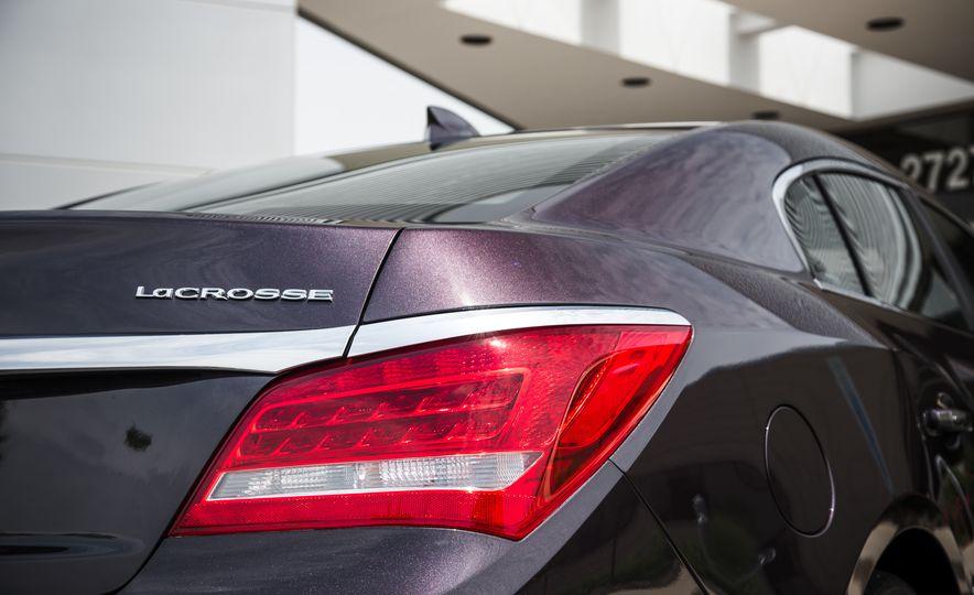 2015 Buick LaCrosse Premium 2 - Instrumented Test - Slide 18
