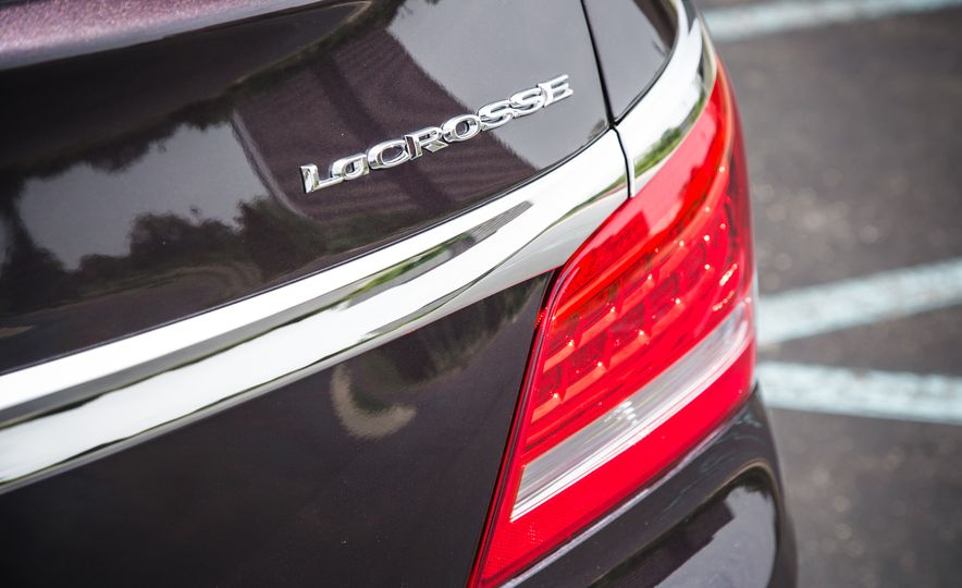 2015 Buick LaCrosse Premium 2 - Instrumented Test - Slide 19