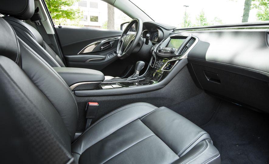 2015 Buick LaCrosse Premium 2 - Instrumented Test - Slide 22