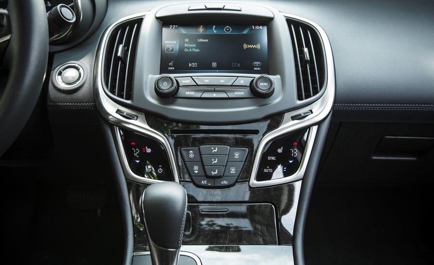 2015 Buick LaCrosse Premium 2 - Instrumented Test - Slide 26